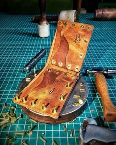 Heller wallet with solid brass rivets, coming together. Leather Diy Crafts, Leather Projects, Leather Crafting, Handmade Leather Wallet, Leather Working, Solid Brass, Fashion Backpack, Backpacks, Crafty