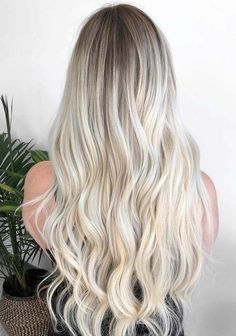 38 Amazing Bombshell Blonde Balayage Hair Colors in 2018 Modern Hairstyles, Diy Hairstyles, Pretty Hairstyles, Latest Hairstyles, Icy Blonde, Balayage Hair Blonde, Hair Color Highlights, Hair Color Balayage, Auburn