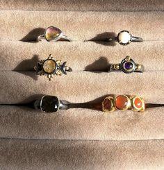 Funky Jewelry, Hippie Jewelry, Cute Jewelry, Jewelry Rings, Jewelry Accessories, Vintage Jewelry, Piercings, Accesorios Casual, Pretty Rings