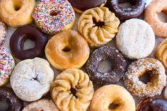 donuts donuts everywhere !