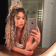 hair Curly Hair Styles, Natural Hair Styles, Blonde Curly Hair Natural, Colored Curly Hair, Naturally Curly Hair, Natural Curls, 3a Curly Hair, Curly Ponytail, Thick Hair