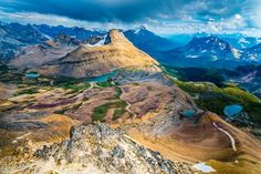 Cirque Peak by Ian Stotesbury on ( Banff National Park _ Canadian Rockies) Banff National Park, National Parks, Canadian Rockies, National Geographic Photos, Get Outside, Amazing Nature, The Great Outdoors, Amazing Photography, Places To Go