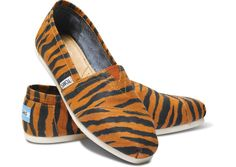 TOMS Tiger Print Classics // road trip to the zoo, anyone?