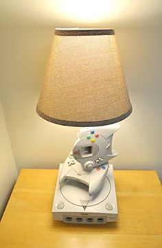 5 geeky retro gaming lamps Sega Dreamcast  #retrogaming #gaming #sega #videogames #retro #mancave