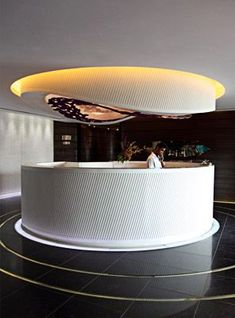 Is it possible to have something hanging from the ceiling above the reception desk? It Hospitality Design, Milan Fashion, Home Interior Design, Lighting Design, Modern Design, Cool Style, Design Hotel, Style Fashion, Interior Designing