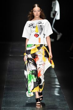 Tae Ashida Tokyo Spring 2020 Fashion Show Collection: See the complete Tae Ashida Tokyo Spring 2020 collection. Look 1 Source by clothing japan Vogue Paris, 2020 Fashion Trends, Fashion 2020, Tokyo Fashion, Fashion Week, Vogue Fashion, Style Chic Parisien, Parisian Chic Style, Parisienne Chic