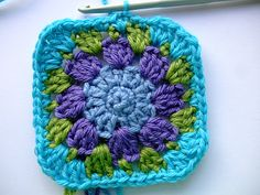 Nuthatch granny square tutorial