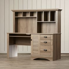 Beachcrest Home Pinellas Computer Desk with Hutch & Storage