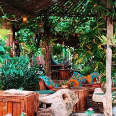 La Laguna Bali La Laguna Bali, Masons, Beach Bars, Project 3, Coffee Shops, Cafe Design, Cuban, Sunroom, Places To See