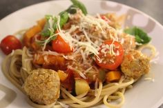 gehaktballetjes-in-heerlijke-tomatensaus-met-spaghetti-4