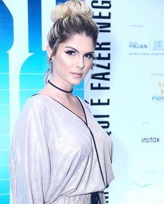 Confira o look de Bárbara Evans e outras famosas no 'Veste Rio' Barbara Evans, Rio, January, Celebrities, Celebrity, Jacket