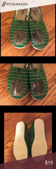 "HARRY POTTER LICENSED ""SLYTHERIN HOUSE"" SHOES NEW! Authentic Harry Potter ""Slytherin House"" shoes.  Hard to find. No longer in production Warner Brothers Shoes Flats & Loafers"