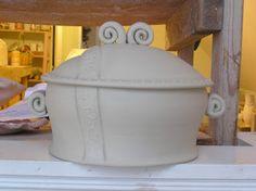 Fine Mess Pottery: Casseroles