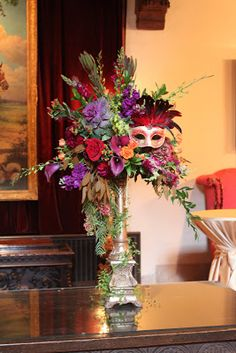 Catherine's love for Venice was the inspiration for her Venetion themed wedding. Each female guest received a beautiful mask like the one n...