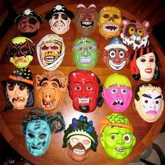 vintage clown mask   Vintage witch mask. $6 @ Goblinhaus 18 vintage masks ranging in date ...