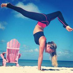 #yoga #yogi #yogapose #ashtanga #asana #meditation #namaste #om Beautiful Yoga, Healthy Life, Get Healthy, Healthy Bodies, Healthy Living, Excercise, Handstands, Yoga Handstand, Bikram Yoga
