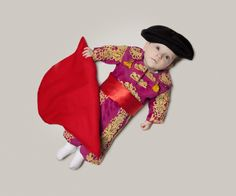 What do you want your kid to be? How about a Matador? #ambitions #careers #babies Click here for other occupations: http://www.rewards4mom.com/photos-of-baby-in-different-careers/