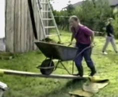 And this is what happens whenever you try to do yard work. | 29 Ways Your Life Could Be A Million Times Worse