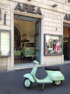 Gelateria Verde pistacchio/ Rome  Photo by #GabriellaSimone www.futureconceptretail.com