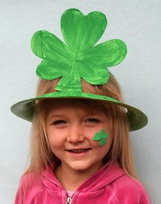 And here is the finished paper plate Shamrock Hat!  How Sweet!