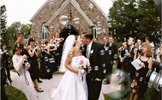 Beautiful! Wedding bubbles instead of throwing rice at your wedding - alternative idea that looks magical in photos! Wedding in Saratoga Springs, NY