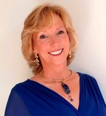 Lisa Barnett explains how to clear karma, what soul contracts or vows are and how we can access it all via our Akashic Records! Soul Contract, Akashic Records, Emotional Pain, Transform Your Life, Black Women Art, How To Know, Women Empowerment, The Voice, Prayers