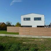 Schönes Modernes Haus Mit Holz Zaun Mehr