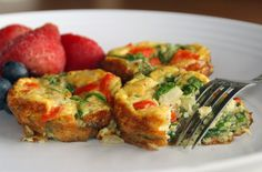 POWER MORNING MEAL: PALEO VEGGIE FRITTATA RECIPE // i will probably substitute tarragon for the cilantro--ready to run out to the store now!