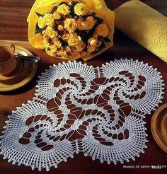Handmade White Crochet Doily, Oval Crochet Tablecloth, Crochet Home Decor Table Decorations, C Free Crochet Doily Patterns, Crochet Squares, Crochet Motif, Crochet Doilies, Crochet Home, Crochet Crafts, Crochet Projects, Filet Crochet, Irish Crochet