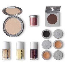 Discover the products used for the Spring/Summer 2016 Trendlook 'Prints & Colors' on www.kryolan.com