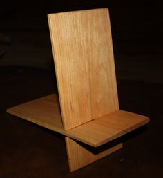 Cherry I-Pad/Tablet stand