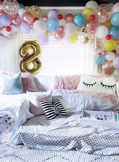 Spa Party, Hotel Sleepover Party, Slumber Party Foods, Birthday Sleepover Ideas, Fun Sleepover Ideas, Slumber Party Games, 13th Birthday Parties, Birthday Party For Teens, Slumber Parties