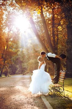 Autumnal Ideas for your Wedding; use the light and the colour of the leaves as a natural backdrop to perfect autumnal wedding photography