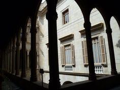 Publicamos la Casa de la Ciudad de Barcelona, actual sede del ayuntamiento.
