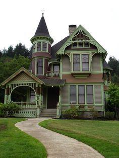 Drain , Oregon. ~The Castle ~
