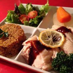 おかなちゃんのピラフ、簡単で美味しいですね♡  SKY、ケンタロウさんの「やみつき鶏」 やわやわで、しっとりしていて 毎度、やみつきです〜 (=´∀`)人(´∀`=)  早く、大阪行きたいです〜〜 - 336件のもぐもぐ - おかなさんの料理                           炊飯器でカレーピラフ♡                 ケンタロウさん「やみつき鶏」 by 1125shino