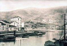 Bilbao, Old Pictures, Paris Skyline, River, Painting, Parking Lot, Antique Photos, Cities, History