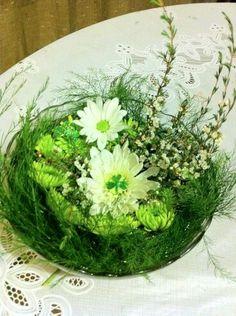 Patrick's Day nest, via The Foliage Cart, Custom Floral Design Small Flower Design, Small Flowers, Flower Designs, Flower Ideas, Flower Stands, Happy St Patricks Day, Centerpieces, Table Decorations, Floral Arrangements
