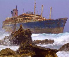 Fuerteventura, Kanarya Adaları yakınındaki terk edilmiş bir gemi