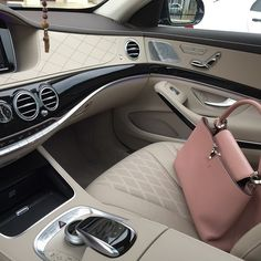LV Handbags Shoulder Tote For Women Style, New Louis Vuitton Handbags Collection Audi, Bmw, Rich Lifestyle, Luxury Lifestyle, Wealthy Lifestyle, Lifestyle News, Vuitton Bag, Louis Vuitton Handbags, Lv Handbags