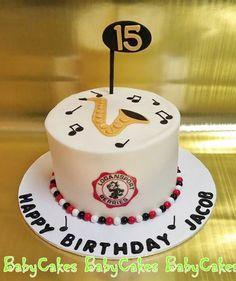 Saxaphone music birthday cake.
