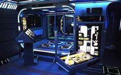 Tony Alleyne has transformed this one bedroom studio apartment into the deck of the Starship Enterprise. So super! Futuristic Home, Futuristic Architecture, Spaceship Interior, Starship Enterprise, Design Research, Flight Deck, Studio Apartment, Star Trek, Beams