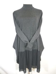 NEW ILONA.K Size Large GRAY 100% MERINO WOOL LAGENLOOK LONG SWEATER USA GORGEOUS #IlonaK #LagenlookSweater