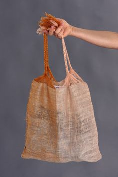 Marta Buda Hand Woven Two Tone Bag Diy Tote Bag, Pouch Bag, Tote Bags, Pink Color Combination, Designer Childrenswear, Types Of Bag, Casual Bags, Green Cotton, Shoes