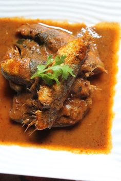YUMMY TUMMY: Spicy Onion Fish Curry Recipe / No Coconut Fish Curry Recipe