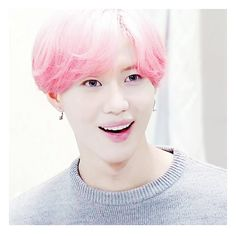 Taeminnie with pink hair is so cuteee #Taemin