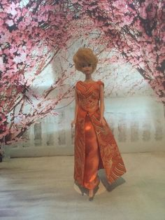 Evening Gala Barbie style Barbie Fashion Royalty, Fashion Dolls, Barbie Style, Halloween Fashion, Australia Living, Collector Dolls, Vintage Barbie, Beautiful Bride, Evening Gowns