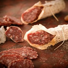 For over 160 years, master salumiere techniques and recipes have been passed down in the Olli Salumeria family. From the exquisite richness of Wild Boar Salame, debuting exclusively on Fab, to spicy Chorizo, this collection of artisanal slow-cured meats demonstrates the reverence shown in every step of the process.