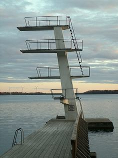 diving tower by kingcoma75, via Flickr