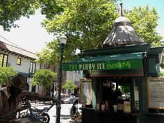 The Penny Ice Creamery's Stand! Read our review at http://www.thescoopblog.com/content/penny-ice-creamery-santa-cruz-ca